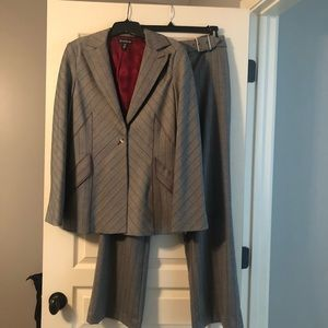 Sexy Bebe Striped Pant Suit Size 10